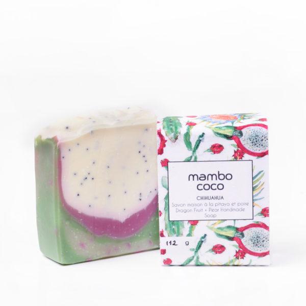 Savon artisanal à la poire et pitaya (fruit du dragon) fabriqué par Mambo Coco