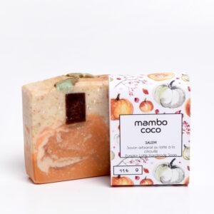 Savon artisanal au latté à la citrouille fabriqué par Mambo Coco