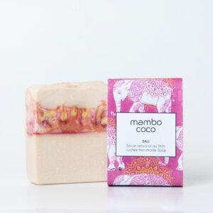 Savon artisanal au litchi et pamplemousse fabriqué par Mambo Coco